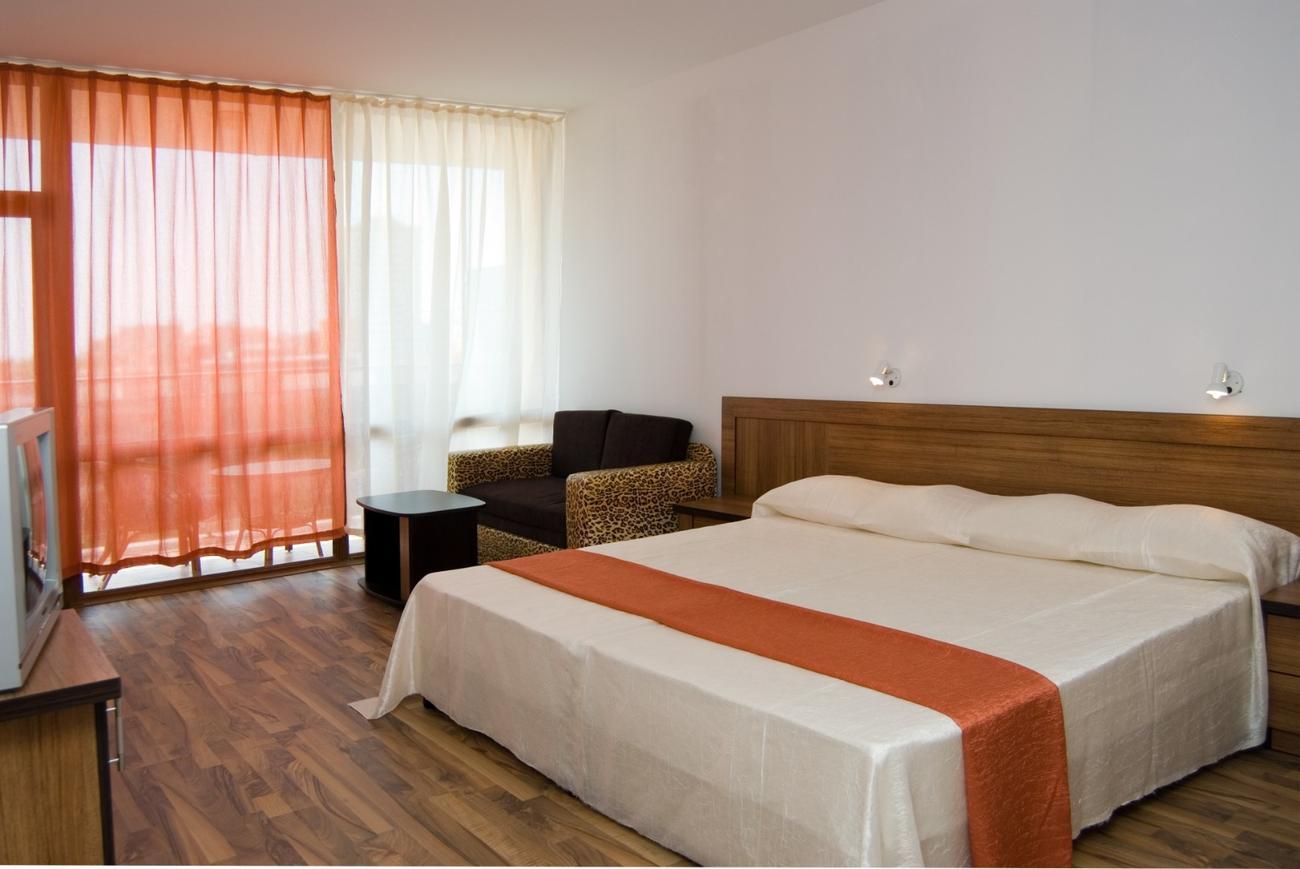 planet jupiter hotel - photo #49