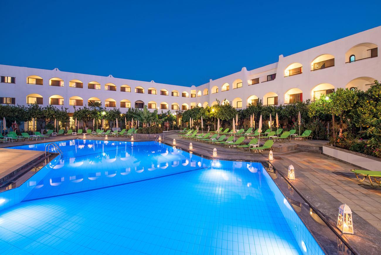 Hotel malia holidays kreta grecja for Designhotel kreta