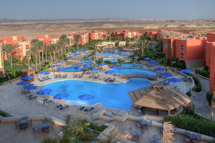 Aurora Oriental Bay Resort