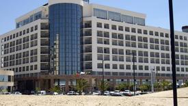 Ever Caparica Beach & Conference