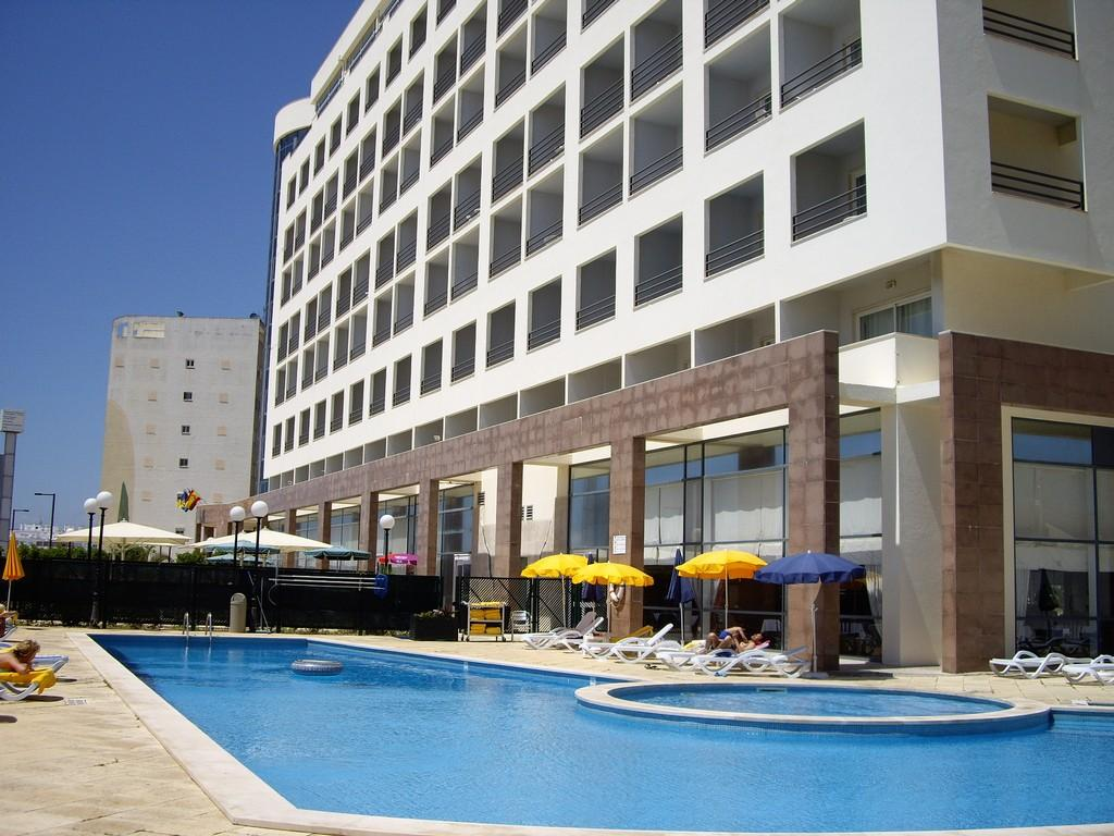 Ever Caparica Beach And Conference Hotel