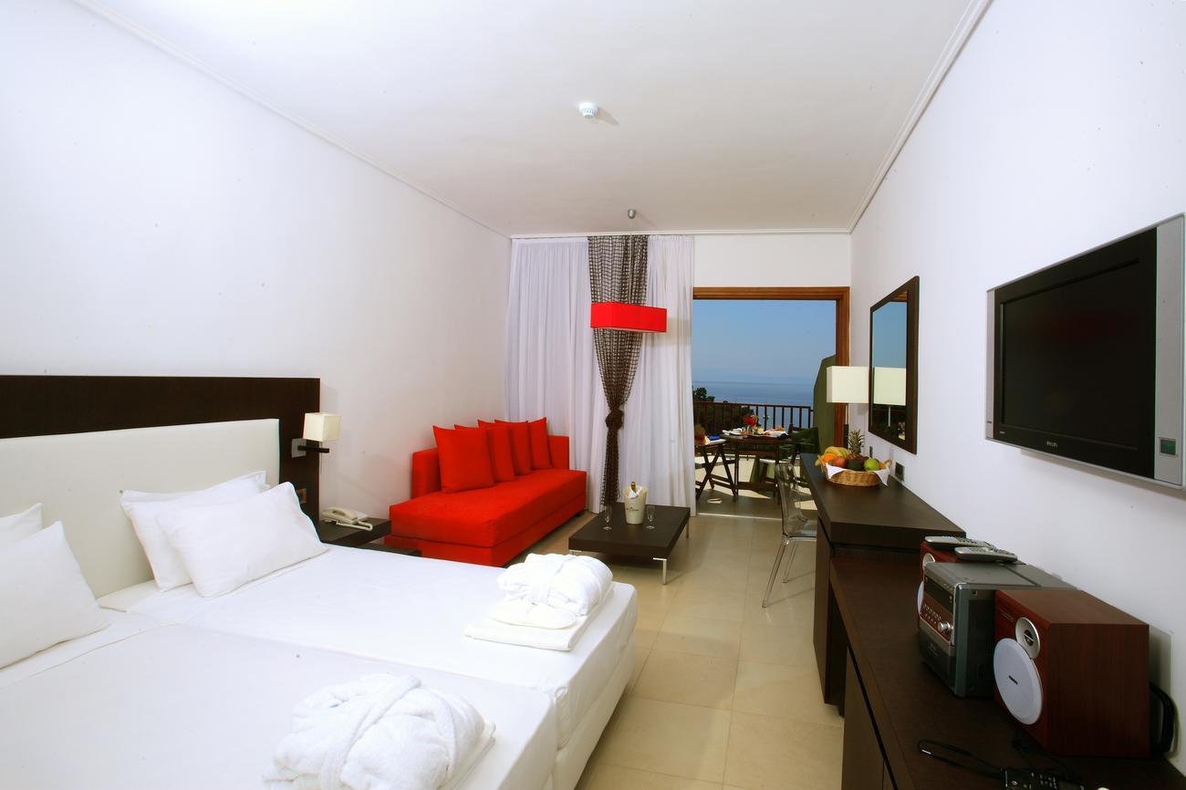 Hotel skiathos palace skiathos grecja for Skiathos hotel