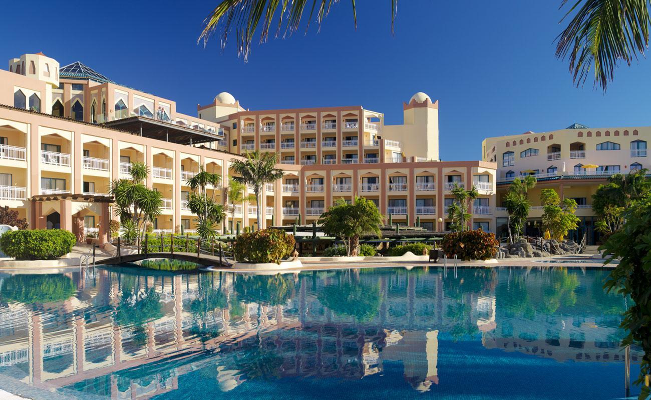hotel esmeralda ecuador: