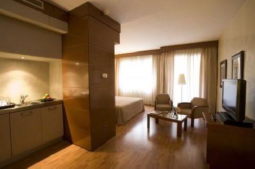 Hotel mariano cubi barcelona hiszpania for Aparthotel barcellona